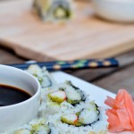 spicy avocado & crab sushi roll