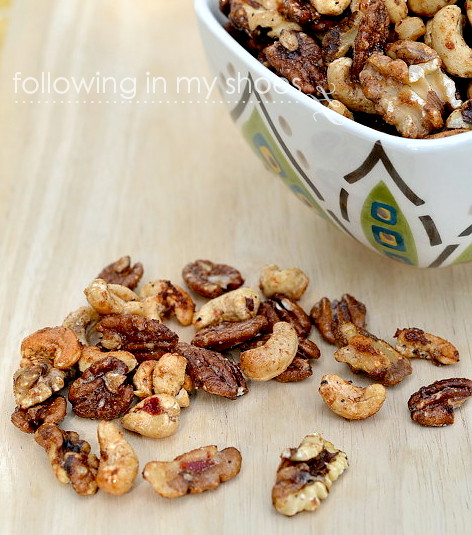 Holiday Snacks: Sweet and Spicy Roasted Nuts