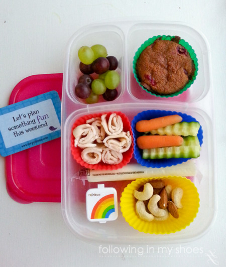 grain free lunch idea- rotisserie deli chicken, veggies, fruit, nuts, grainfree muffin