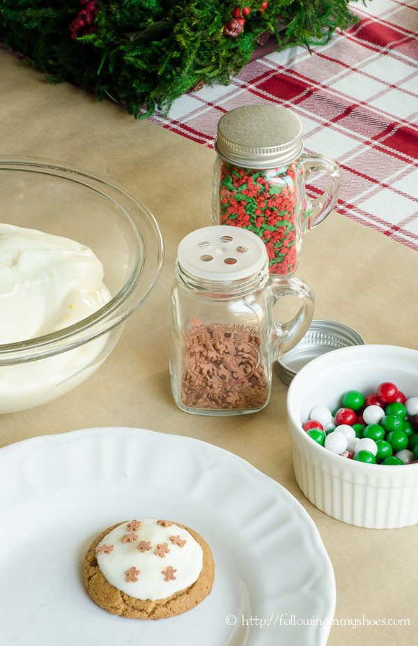 Easy Kid-Friendly Holiday Cookie Party