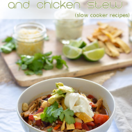 Southwestern Roasted Pepper and Chicken Stew {slow cooker recipe}
