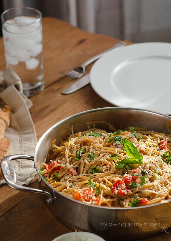Whole Wheat Basil Tomato Spaghetti