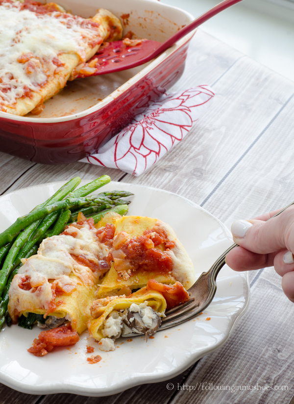 Mushroom and Spinach Grain Free Manicotti #mushroomMakeover