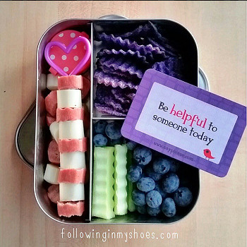 LOVE this colorful girly lunch ... dye-free.